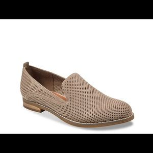 INDIGO RD. Henley Perforated Taupe Loafer Flat